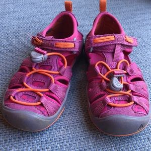 Keen Girls Pink/Orange size 10